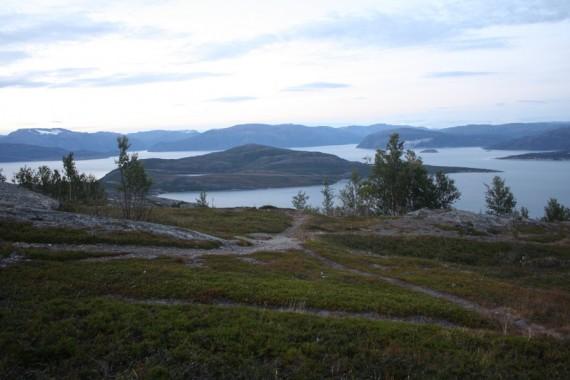 03-fjord-nahled